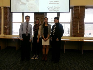 Junior high students present at Project Lead the Way conference