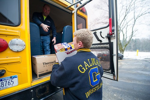 National Junior Honor Society helps get food to local families for the holidays