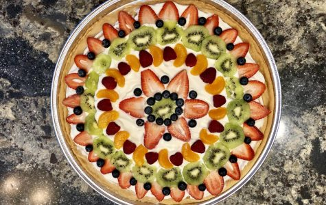 A Healthy Snack for the New Year: Fruit Pizza
